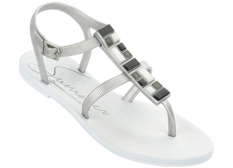 7337782dbddb Ipanema Gisele Bundchen sandals white - new collection 2014